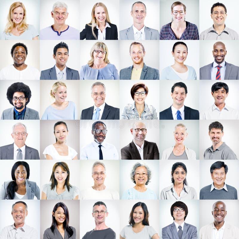 小组不同种族的不同的商人 库存图片