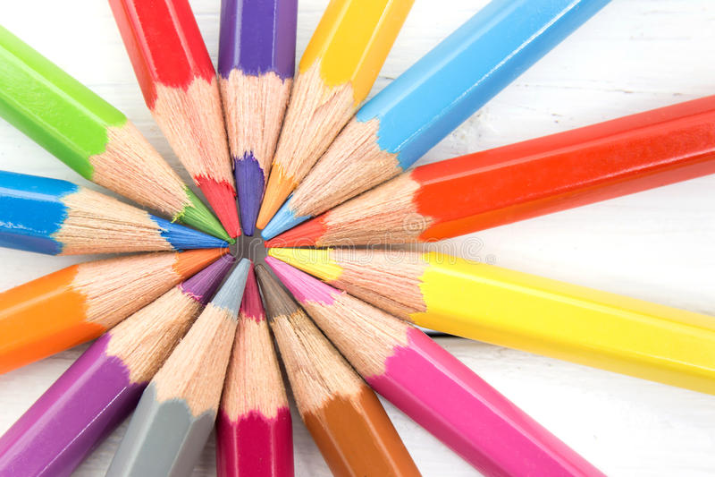 小组五颜六色的铅笔 队配合概念 免版税库存照片