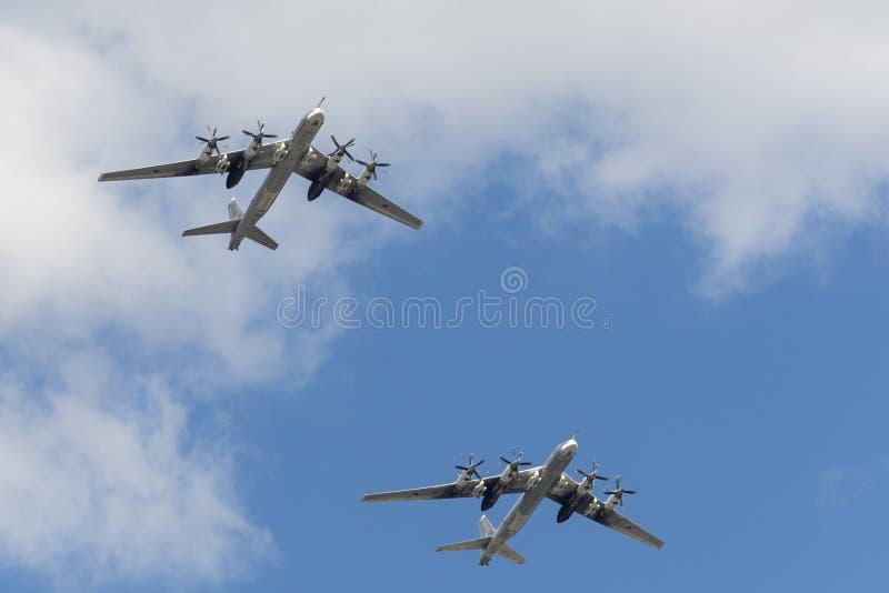 小组苏联战略轰炸机图波列夫图-95 免版税库存照片
