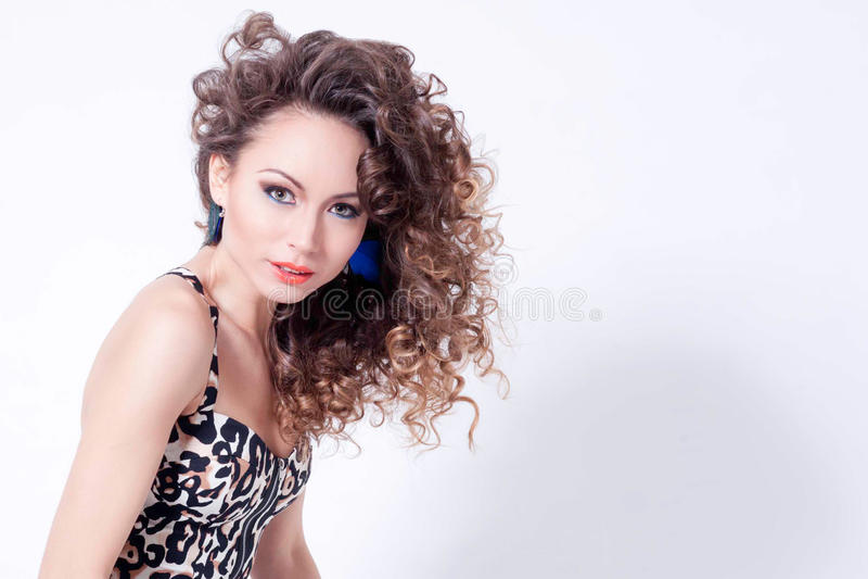 Download 少妇时髦的画象 库存图片. 图片 包括有 相当, 化妆用品, 发型, 华美, 喜悦, 有吸引力的, 表面 - 30332145