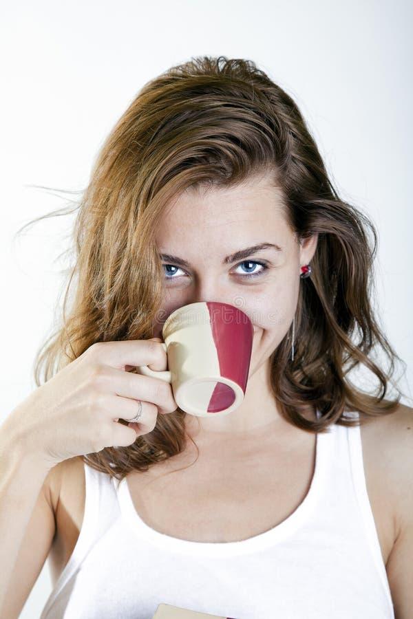少妇用咖啡 库存图片