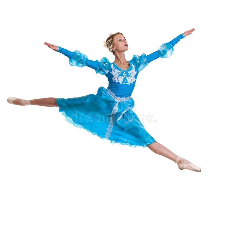 少妇跳跃在白色背景的芭蕾舞女演员跳芭蕾舞者 免版税库存照片