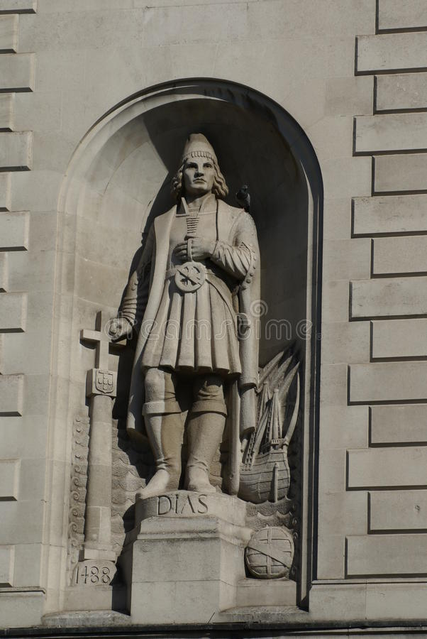 巴尔托洛梅乌・迪亚士雕象南非的高级委员会的在伦敦,英国 库存照片