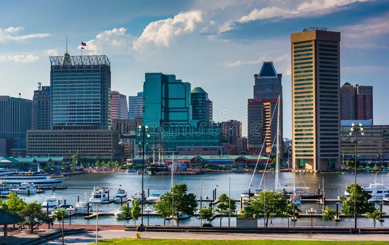 巴尔的摩地平线和内在港口的看法从联邦小山 免版税图库摄影
