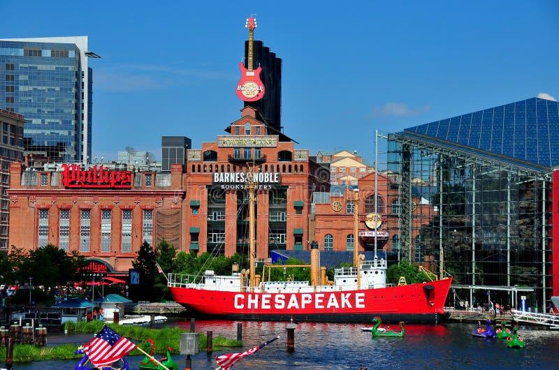 巴尔的摩, MD :切塞皮克犬灯塔船&能源厂 免版税库存照片