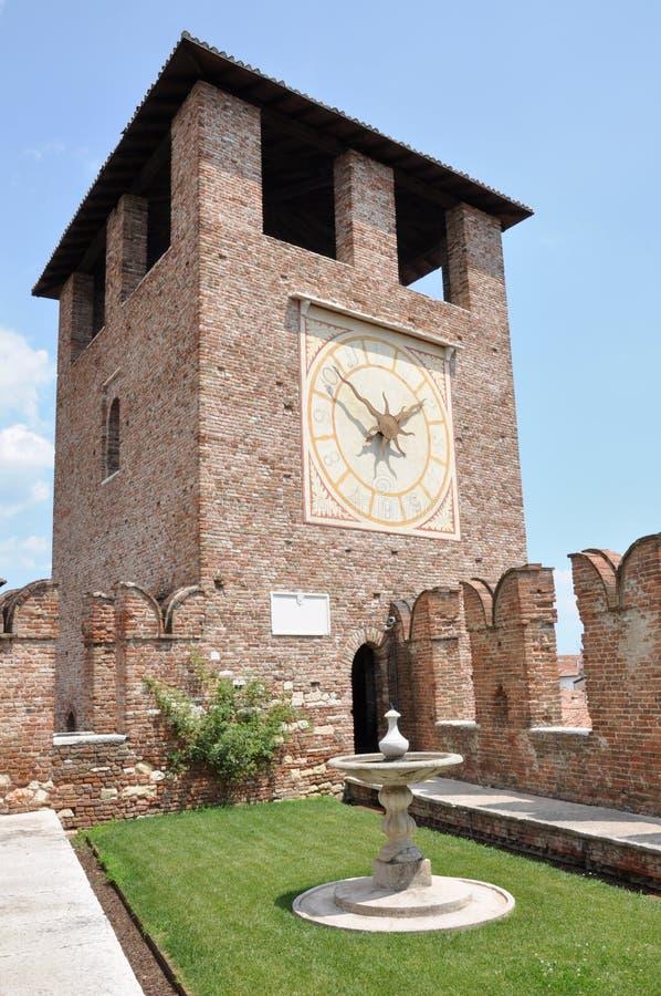 尖沙咀钟楼在Castel Vecchio 免版税库存图片