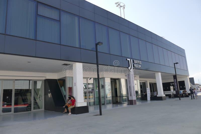 尤文图斯队博物馆入口在安联体育场附近的 免版税库存照片