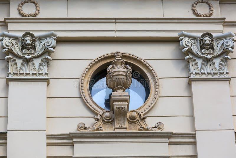 尤里乌什Slowacki剧院,19世纪折衷大厦,门面,克拉科夫,波兰细节  免版税库存照片