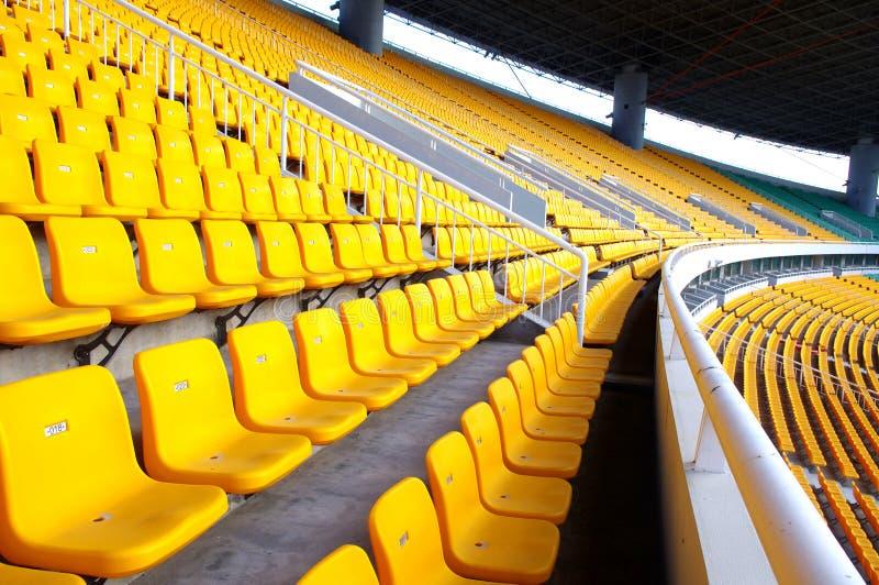Download 就座体育场 库存照片. 图片 包括有 对象, 背包, 橄榄球, 数字, 塑料, 安排, 正常, 就座, 开会 - 22353918