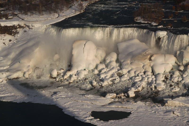 尼亚加拉瀑布冬天 免版税库存图片