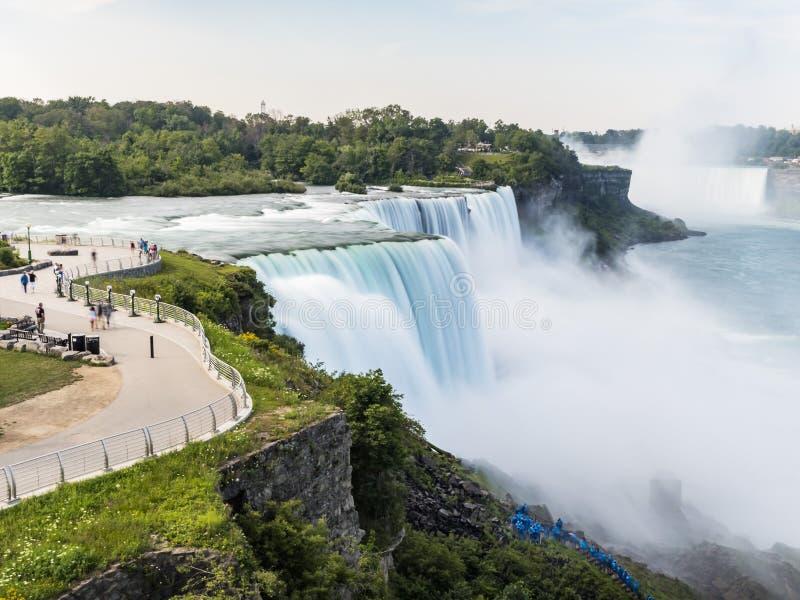 尼亚加拉瀑布长的曝光,丝绸水 纽约 库存图片