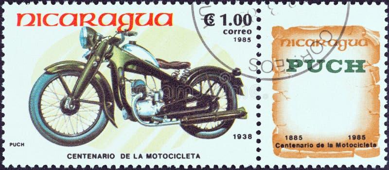 尼加拉瓜-大约1985年:在尼加拉瓜打印的邮票显示普赫,1938年,大约1985年 免版税库存照片