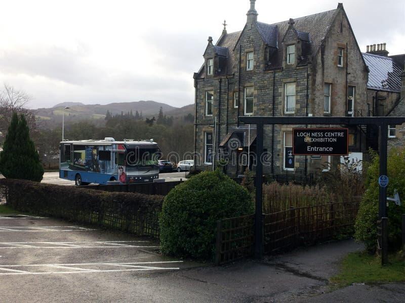 尼斯湖展览会在Drumnadrochit,在因弗内斯附近在苏格兰 免版税库存照片