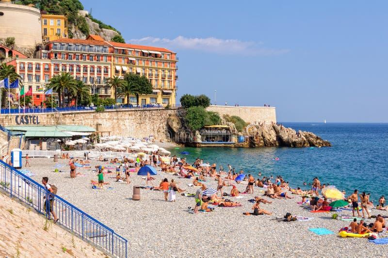 尼斯Castel的海滩- 库存图片
