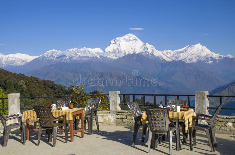 尼泊尔喜马拉雅山景色宜人 免版税库存照片