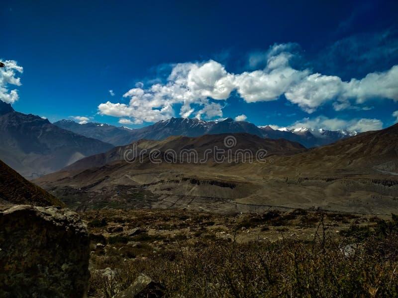 尼泊尔的跨喜马拉雅地区美好的镇静风景  免版税图库摄影