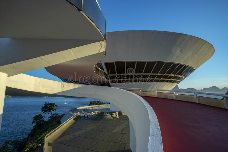 尼泰罗伊当代艺术博物馆  建筑师奥斯卡・尼迈耶 免版税库存照片