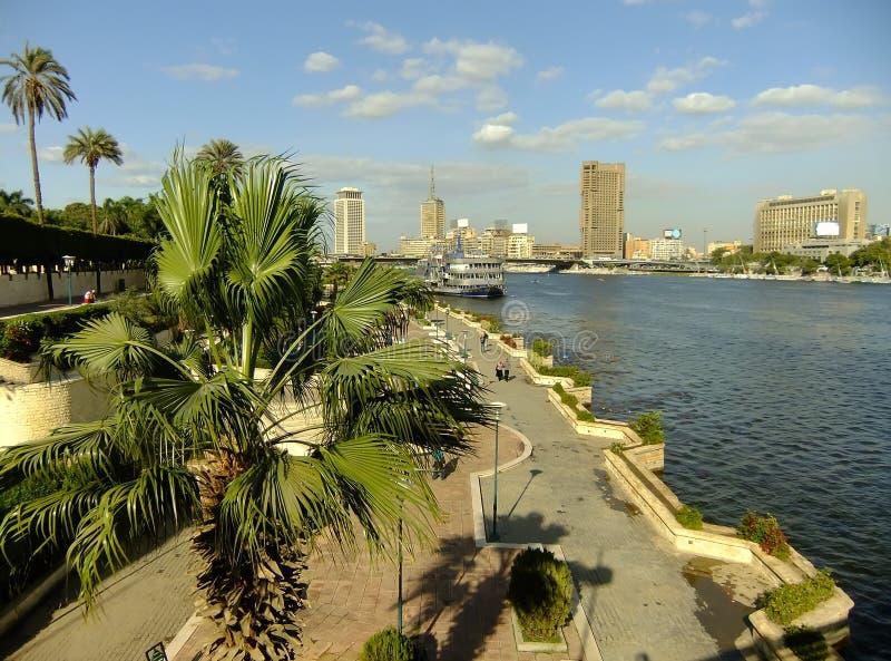 尼罗河和城市地平线,开罗的看法 免版税图库摄影
