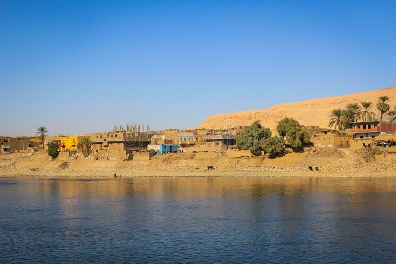 尼罗河的,埃及村庄 图库摄影