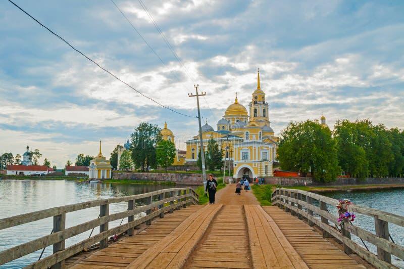 尼罗Stolobensky修道院在特维尔州地区和Seliger湖,特维尔州,俄罗斯 旅行风景 免版税库存图片