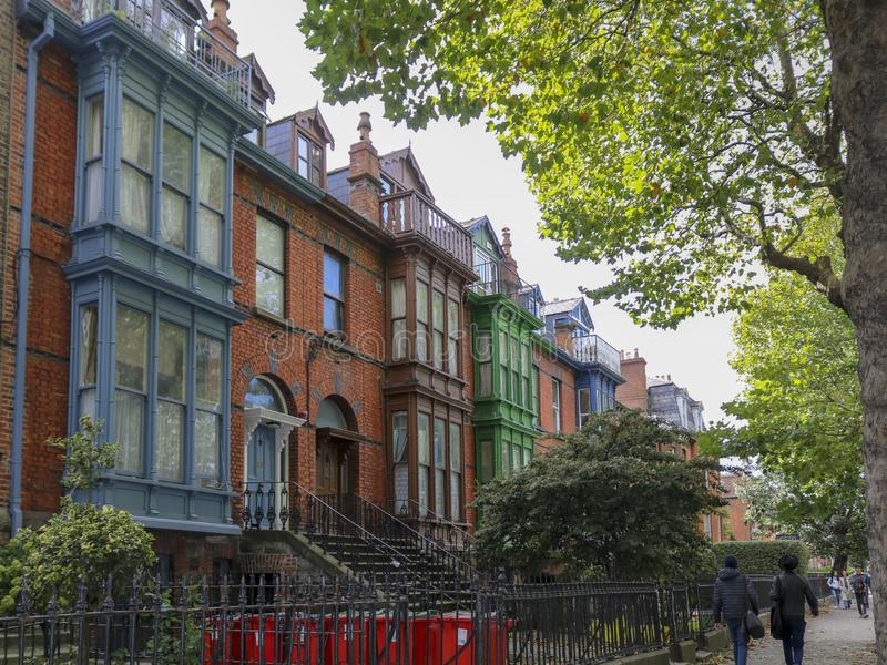 居民住房是典型的都伯林样式 r 免版税库存照片