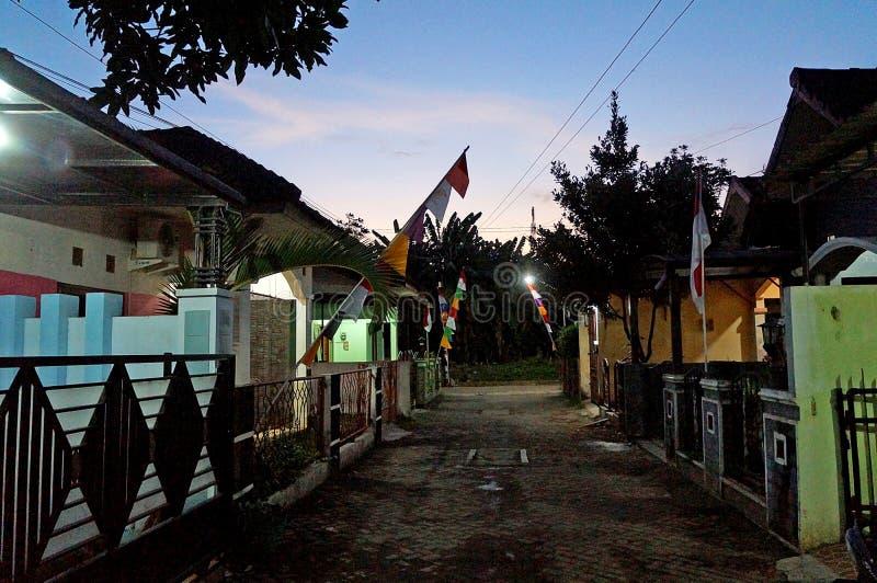 居民在夜安置区域 免版税库存照片