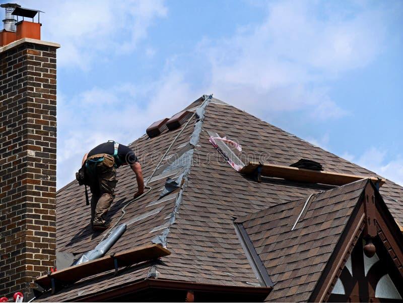 屋顶修理 库存图片