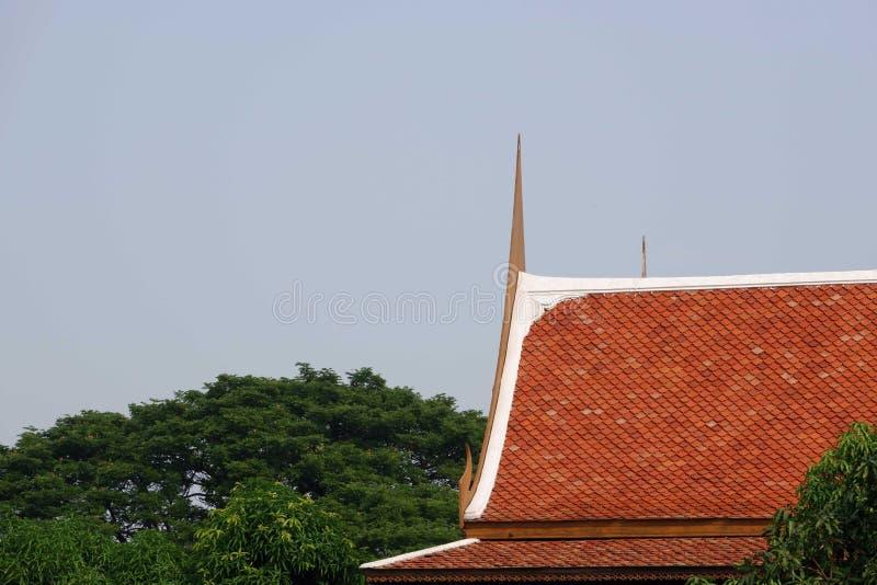屋顶在泰国样式的房子设计 库存图片