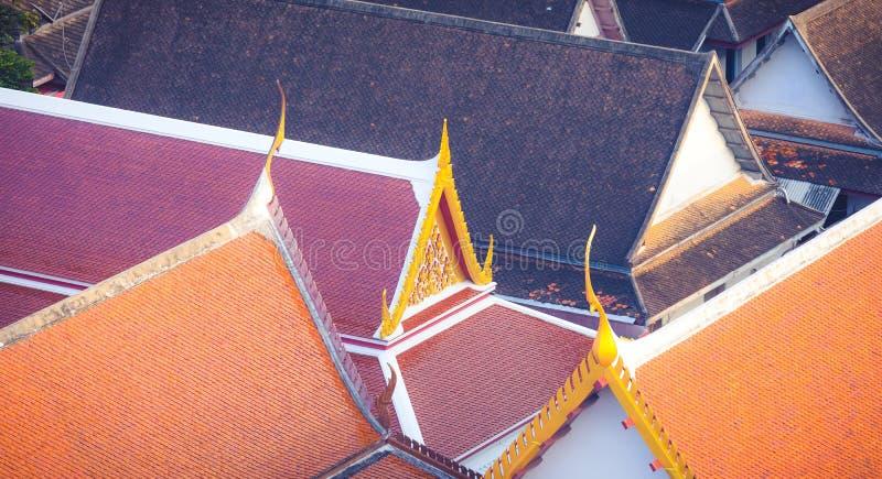 屋顶寺庙在曼谷,泰国 免版税库存照片