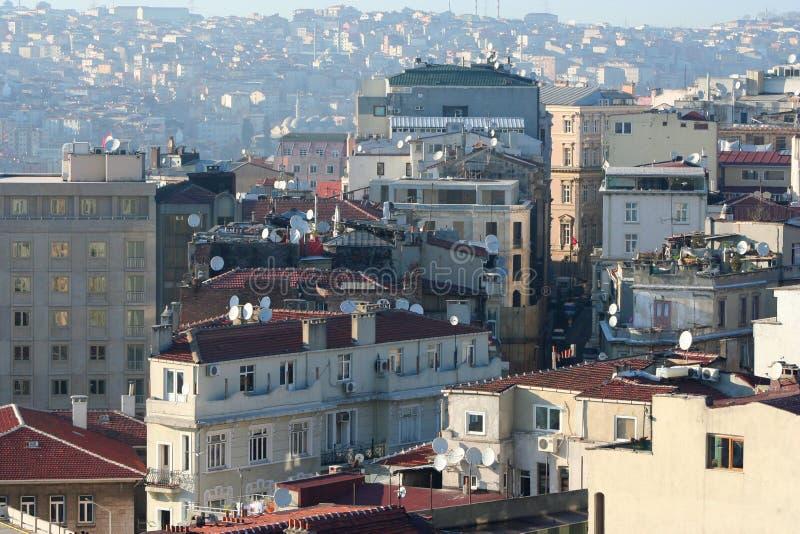 Download 屋顶横向 库存图片. 图片 包括有 农村, 背包, 降低, 城市, 屋顶, 欧洲, 蓝色, 拱道, 假期 - 22356783