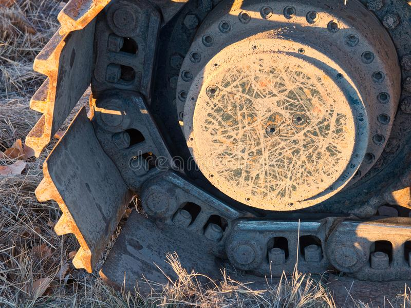 履带牵引装置挖掘机踩 库存照片