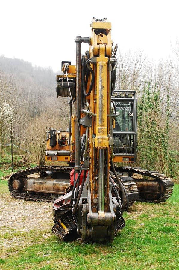 履带牵引装置挖掘机 免版税图库摄影