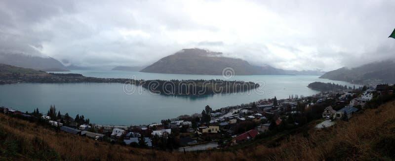 山和湖 免版税库存照片