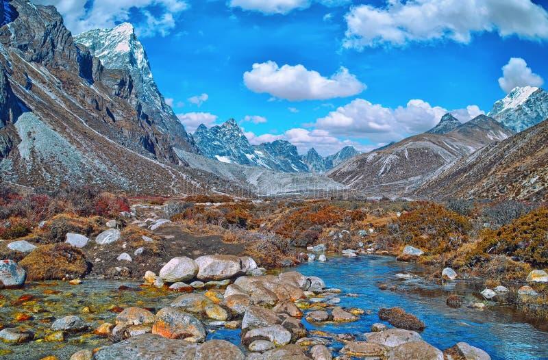 山和谷风景看法在萨加玛塔国家公园 图库摄影