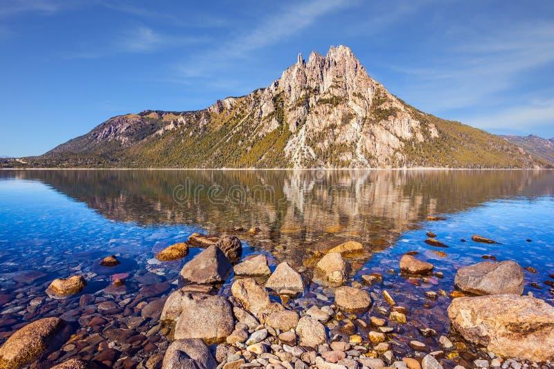 山在圣卡洛斯de巴里洛切 图库摄影
