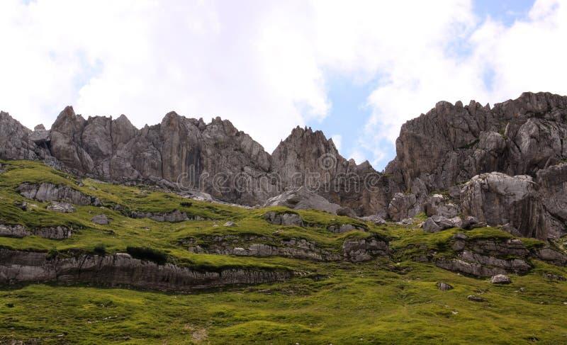 山在杜米托尔国家公园国家公园,黑山 免版税库存图片