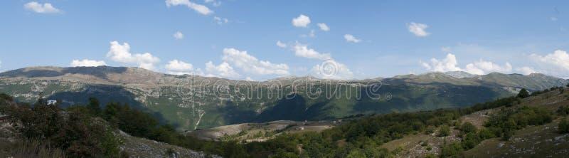 山在黑山 库存图片