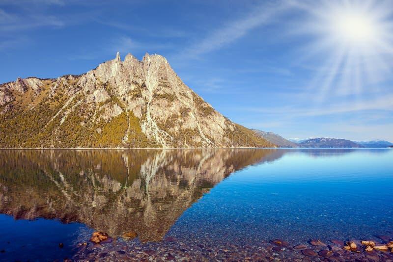 山在巴里洛切,阿根廷 库存照片