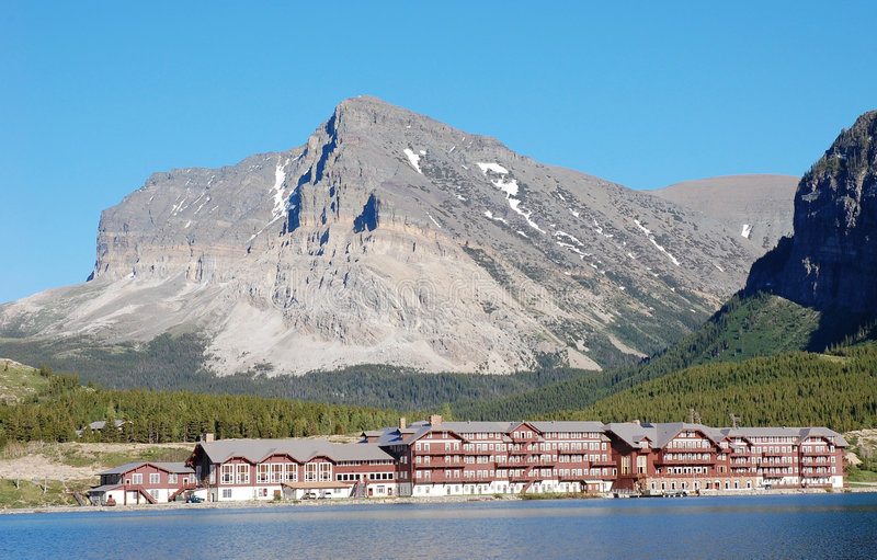 山坡旅馆湖 库存图片