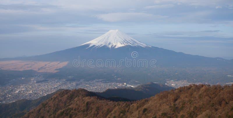 山富士和吉田市镇 免版税库存图片
