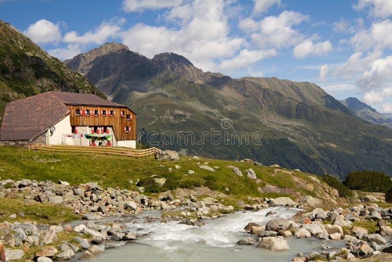 山小屋在阿尔卑斯,奥地利 库存照片