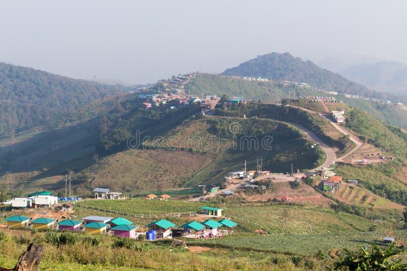 山景点和路, phu tubberk 库存照片