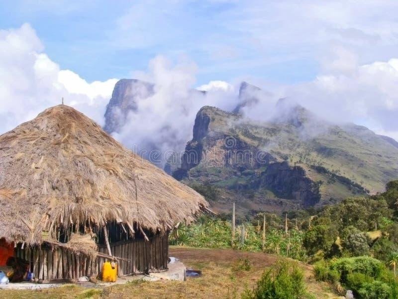 山的传统村庄房子 库存图片