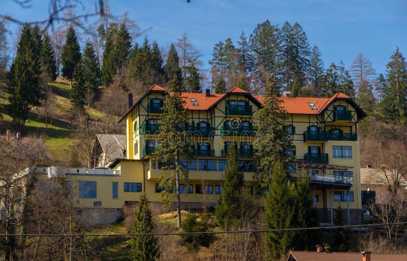 山的旅馆 免版税图库摄影