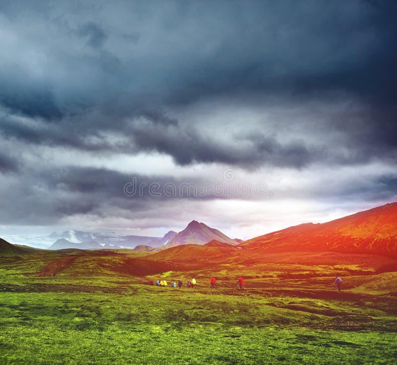 山的远足者 图库摄影
