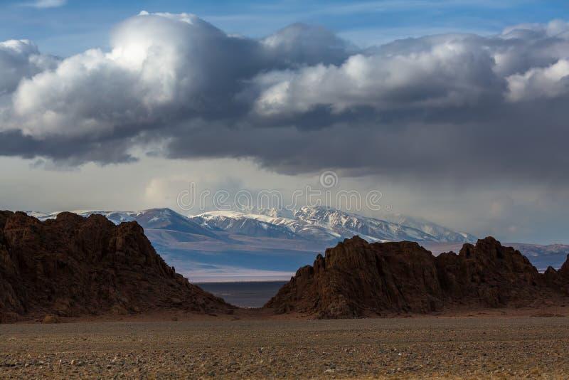 山的风景在瓦剌的 自然 库存照片