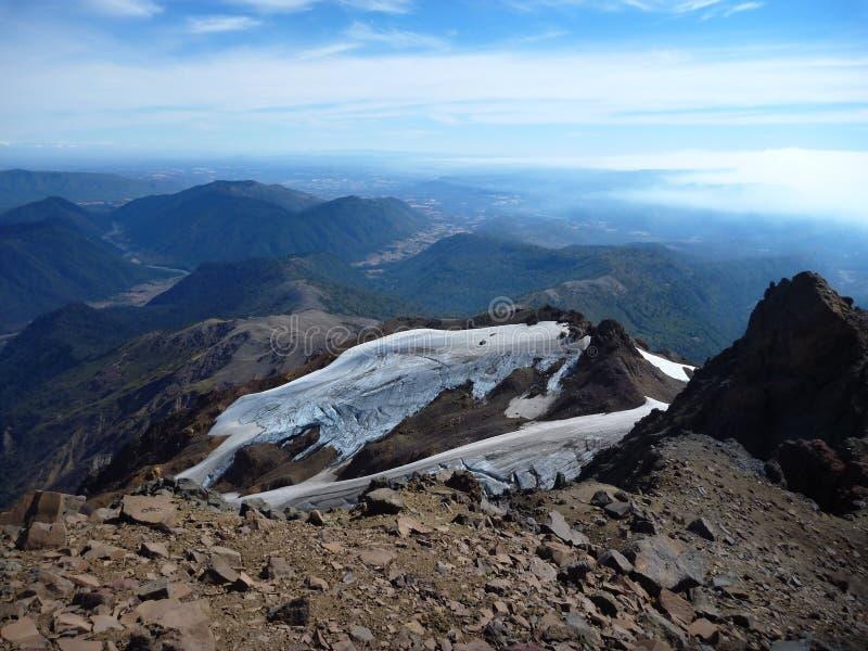 从山脉在辣椒的nevado土坎的顶端看法 库存照片