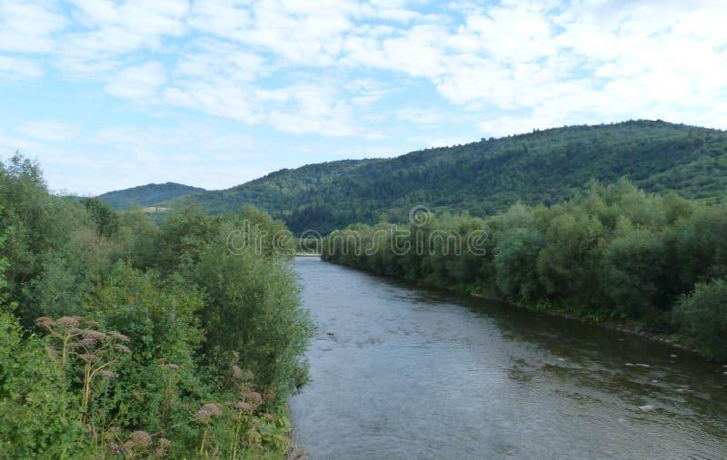 山脉` Skolivski Beskydy `在Skole附近镇的乌克兰喀尔巴汗在利沃夫州地区 乌克兰 库存照片