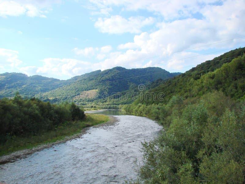 山脉` Skolivski Beskydy `在Skole附近镇的乌克兰喀尔巴汗在利沃夫州地区 乌克兰 库存图片