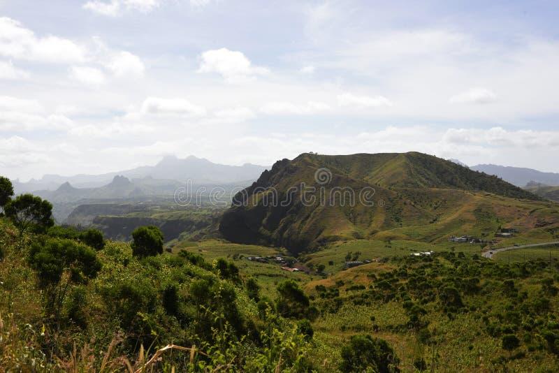山脉Malagueta山,火山的风景-佛得角,圣地亚哥海岛 免版税库存图片